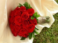 bouquet-wedding-flowers-roses-1